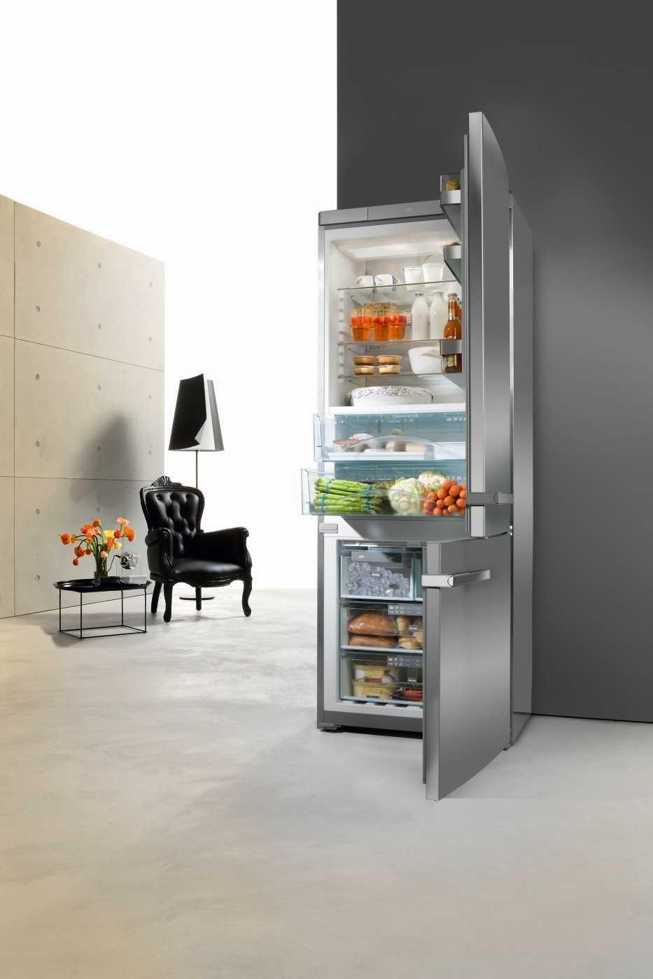 Freestanding Ref-Freezer, KFN 14947 SDE, Miele.jpg