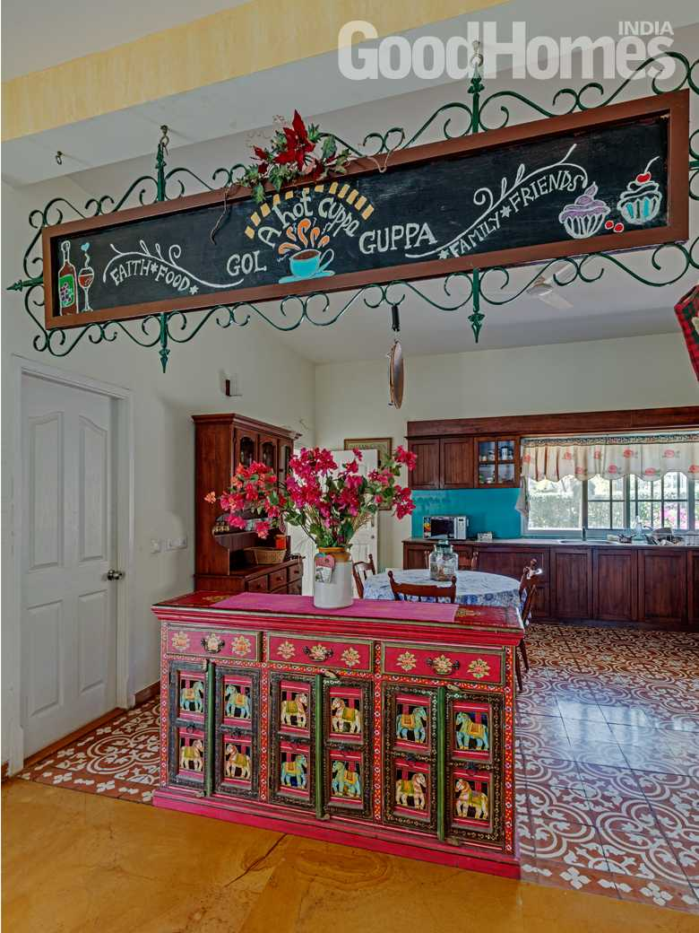 Foyer - floral design kitchen