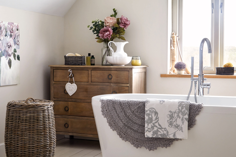 13 Tips For A Statement Bathroom Goodhomes India