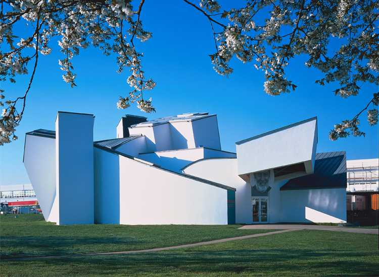 Vitra Design Museum_ Frank Gehry, 1989