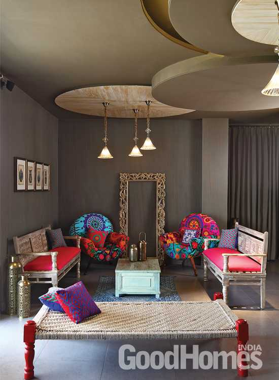 Living Room with Traditional look Grey walls with colourful sitting