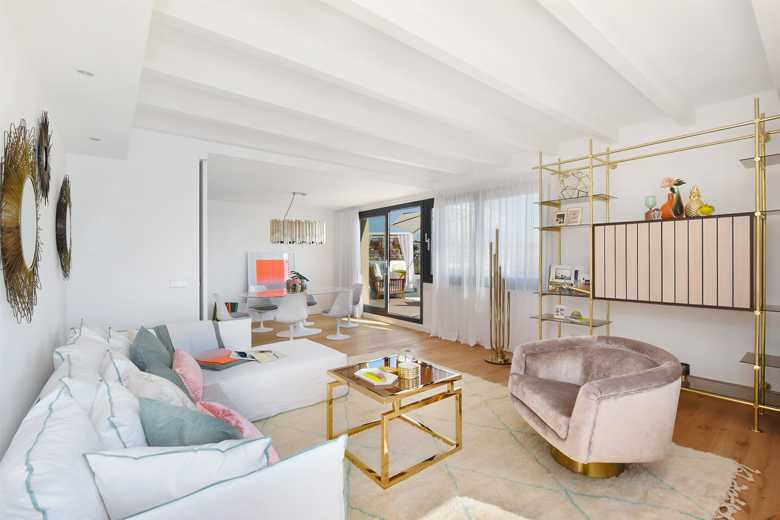A Mid Century Hollywood Glam Penthouse In Spain Goodhomes India