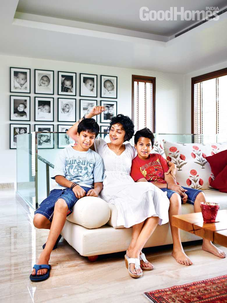 Payal Jain with her kids