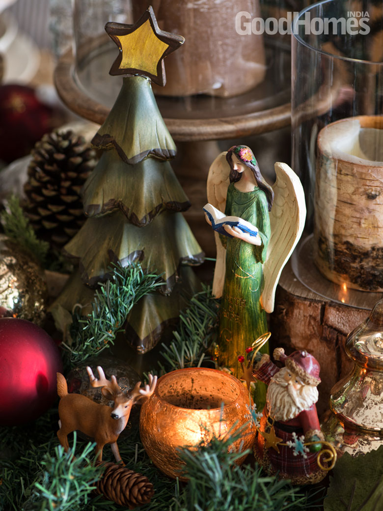 Wooden Christmas ornaments and miniatures