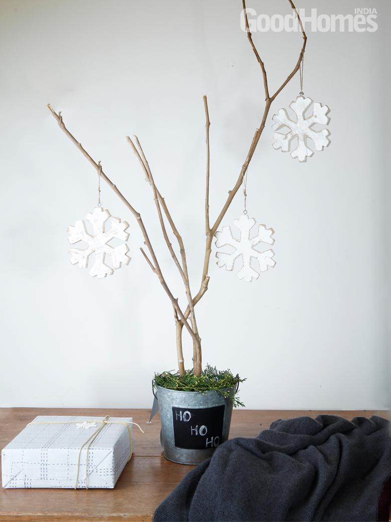 Minimalistic Tree