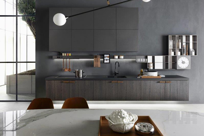 Black sleek kitchen