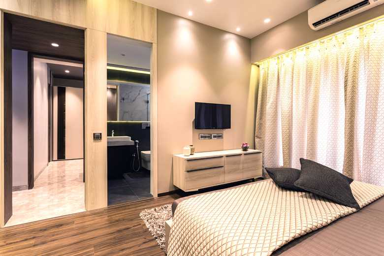 12 Master Bedroom_3.jpg