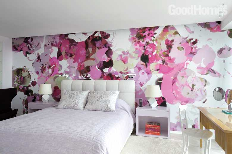Bedroom decor with paited floral wallpaper