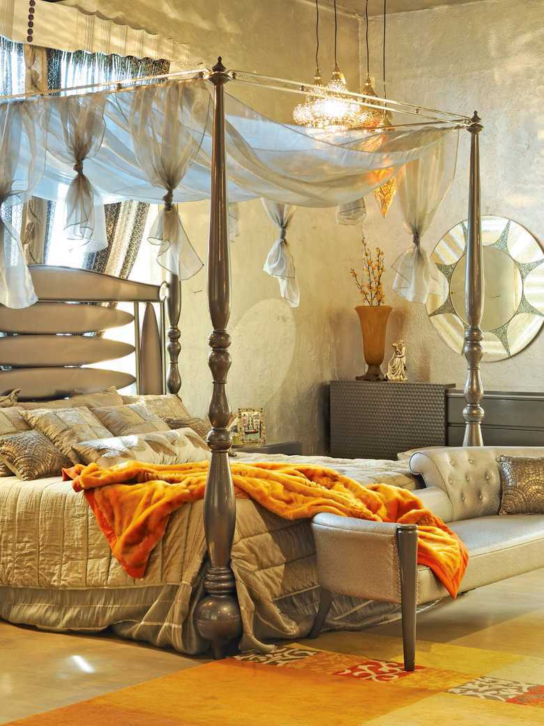 Luxurious opulent Bedroom Decor