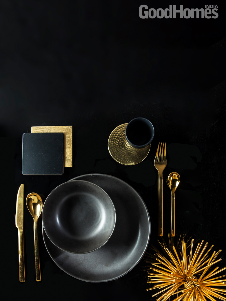 Black & Gold Tableware