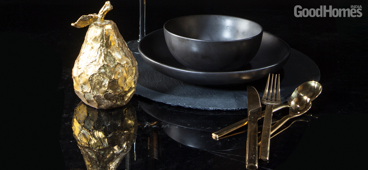 Dress your home with the opulent mix of black & gold