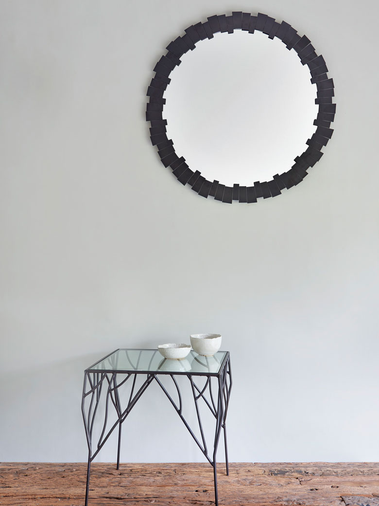 Mirror accent piece