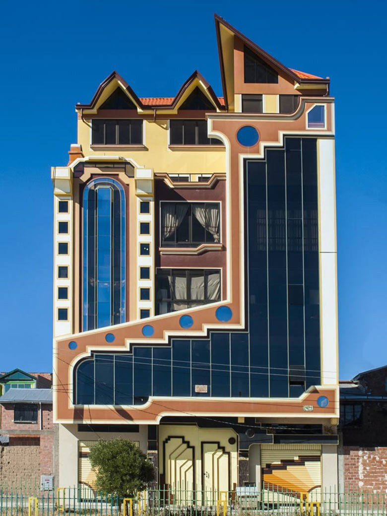 Freddy Mamani's colourful, kaleidoscopic buildings in Bolivia