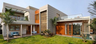 A sumptuous 8,826 sqft family home in Vadodara, Gujarat