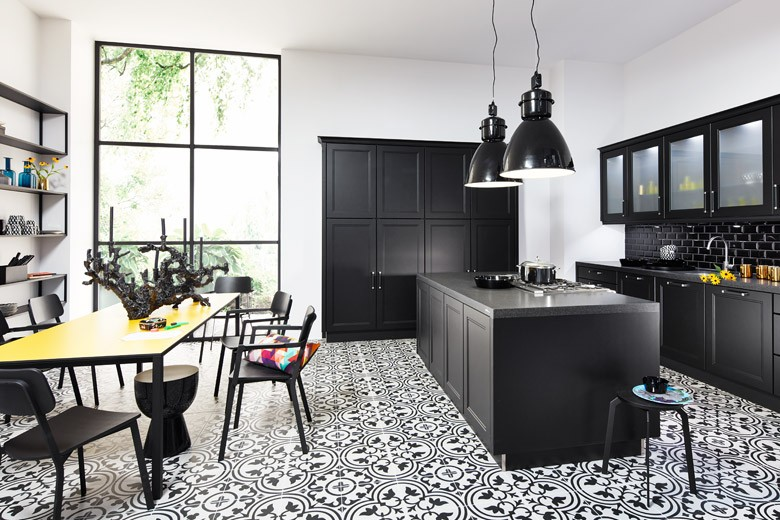 Monochrome-kitchens---Kitchen Trends